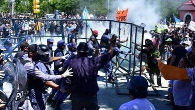Formosa: protestas y enfrentamientos, tras la decisión de volver a la Fase 1