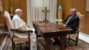 alberto se reunio con el papa francisco: mostro predisposicion para ayudarnos