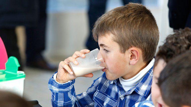 9 de cada 10 adolescentes y adultos no ingieren las tres porciones al día.