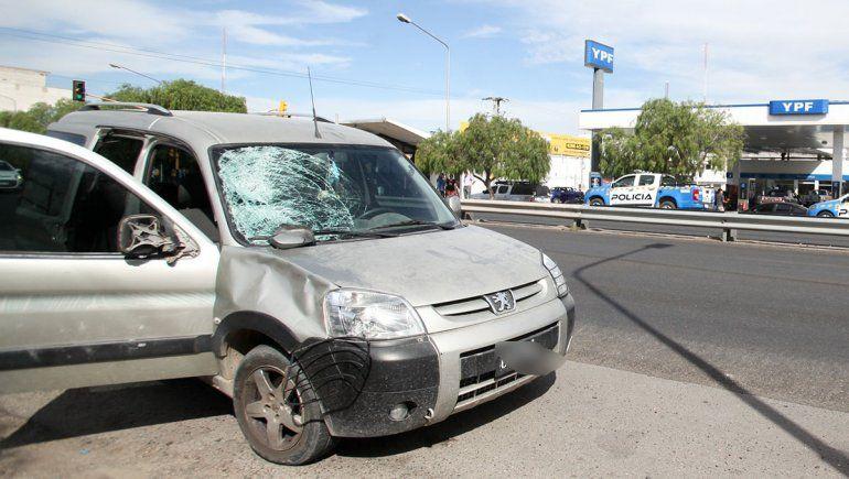 Una mujer fue atropellada en la Ruta 22: está grave