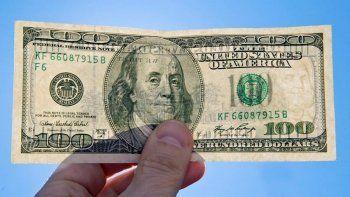 Así cotiza el dólar oficial y el blue este 20 de junio