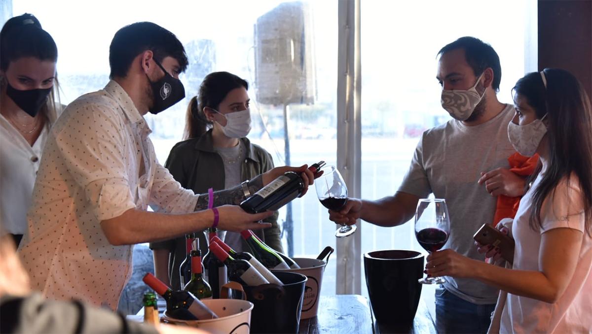 los mejores vinos de neuquen en una expo en el mnba