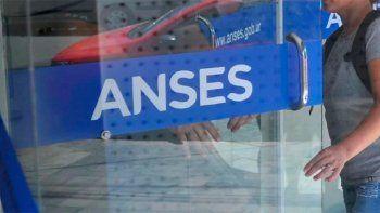 Anses: descongelan las cuotas de los créditos y bajan las tasas