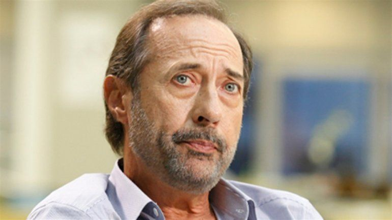 Alarma en el set de filmación: Guillermo Francella contrajo COVID