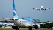 para evitar el ingreso de nuevas cepas, el gobierno suspendio vuelos a diferentes destinos