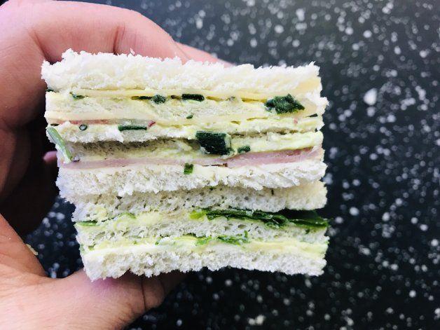 Clásico para hacer en casa: sándwich triple de miga