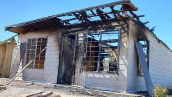 Hay una colecta para los abuelos de la casa que se quemó