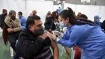 vacunacion: provincia pagara un bono de $10 mil para todos los voluntarios