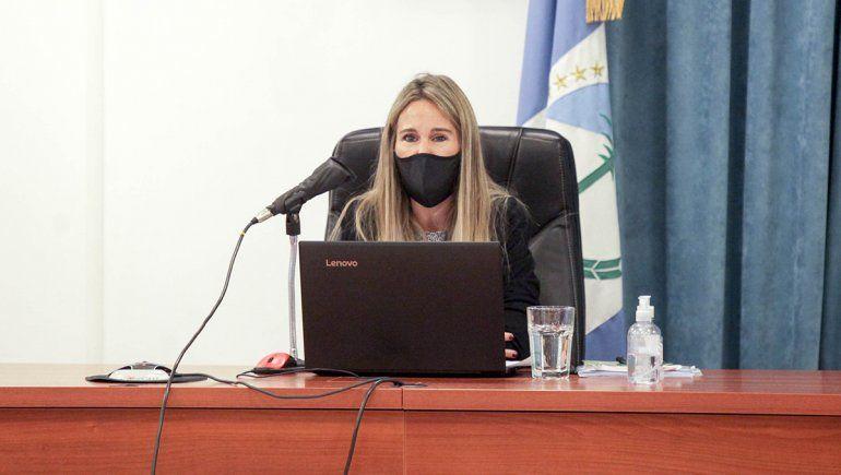 La jueza Estefabía Sauli encabezó la primera audiencia del juicio por jurados por el femicidio de María Marta Toledo.
