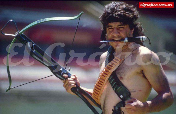 El Búfalo a lo Rambo, en una producción de El Gráfico.