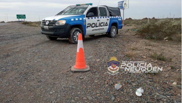 Insólito: secuestraron droga de un auto y el conductor se fugó a pie