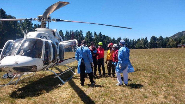 Milagro en el Lanín: se le cayó una roca cuando escalaba y fue rescatado a 3 mil metros