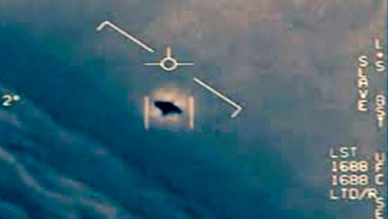 Estados Unidos no puede descartar actividad extraterrestre en OVNIs