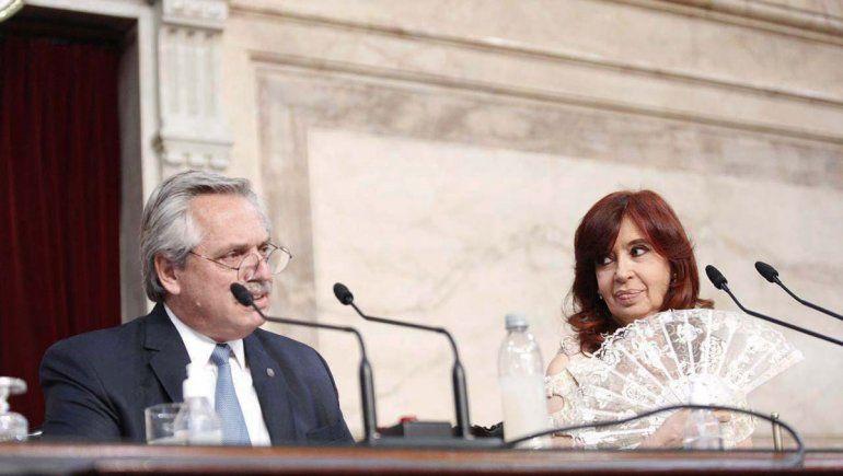 Alberto Fernández y Cristina Fernández durante la Asamblea Legislativa.