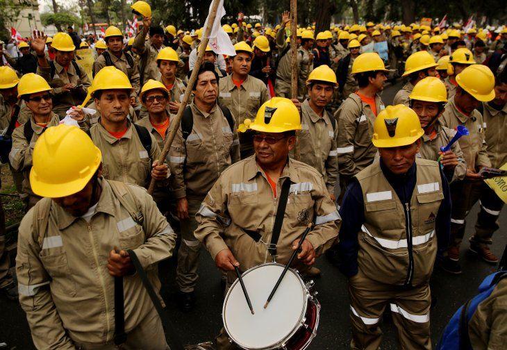 Foto de archivo. Los trabajadores mineros sindicalizados participan en una huelga nacional para protestar por las reformas laborales propuestas por el gobierno