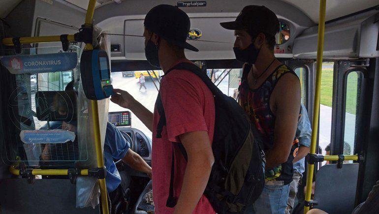 Planean llevar el boleto de colectivo a 40 pesos en enero