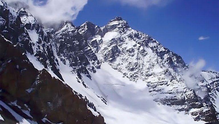 Encontraron a tres andinistas que estaban desaparecidos: sobrevivieron a temperaturas bajo cero