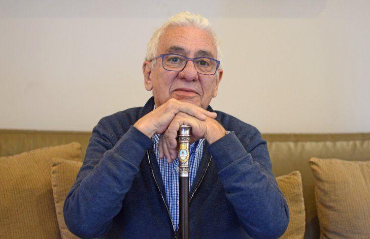 Juan Carlos Pallarols, el artesano detrás del bastón que recibirá Alberto Fernández