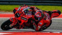 Bagnaia aprovechó el traspié de Quartararo y logró la pole en MotoGP
