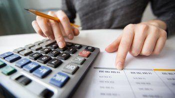 cambios en ganancias y monotributo: quienes pagaran y como seran los reintegros