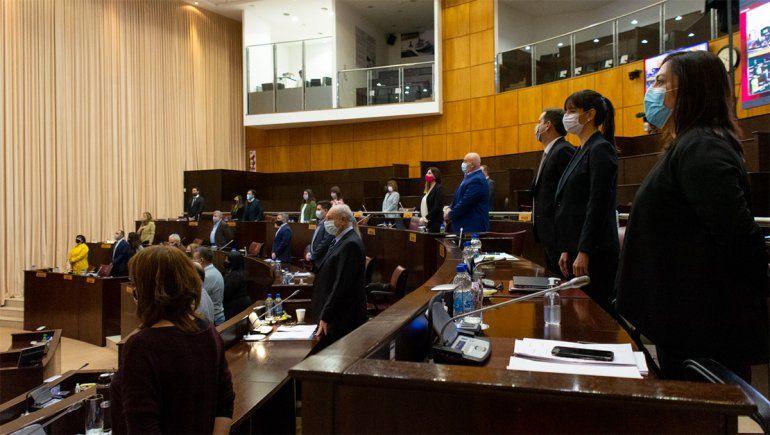Los cambios al proyecto de endeudamiento no convencieron a la oposición.