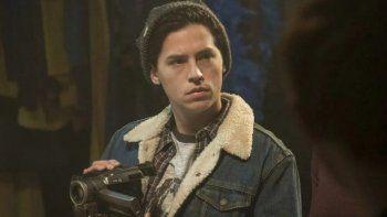 Cole Sprouse cuenta cómo llegó a la serie Riverdale