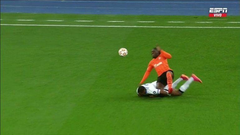 Lo peor que vas a ver hoy: terrible lesión en la Champions
