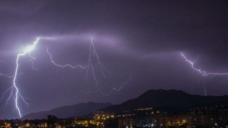SMN: posibilidad de tormenta.