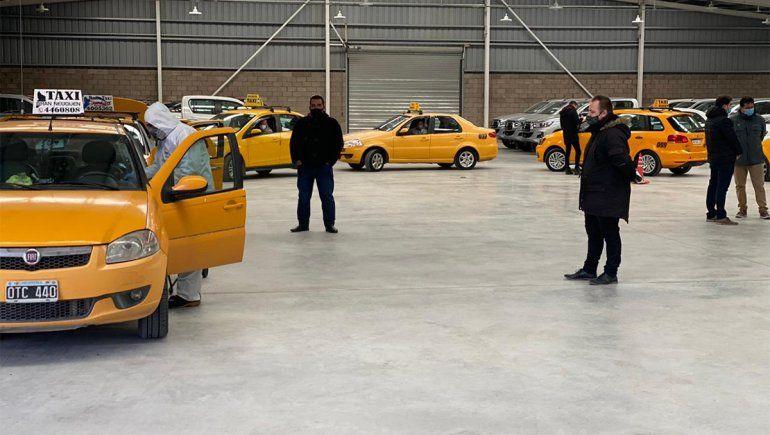 Por segunda vez, se realizó una masiva desinfección de taxis