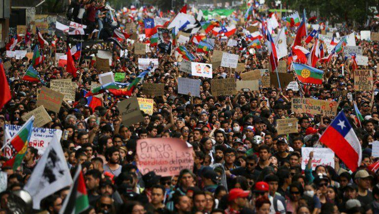 Chilecracia: la plataforma que rankea las medidas que quiere el pueblo