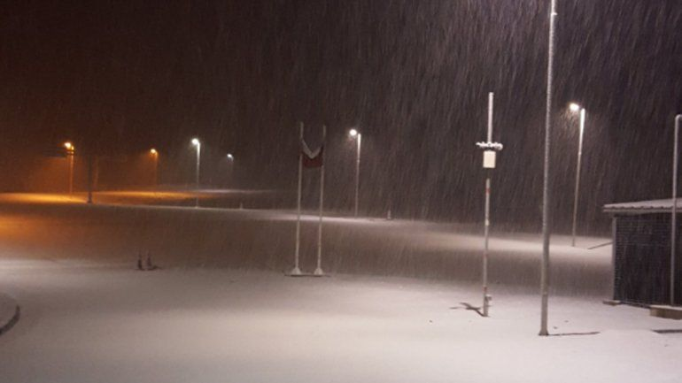 El paso Pino Hachado está cerrado por acumulación de nieve