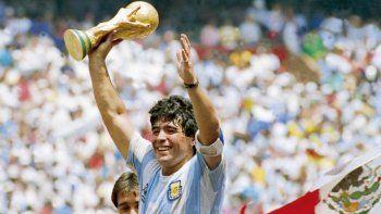 Maradona siempre será recordado como uno de los grandes del balónpie mundial