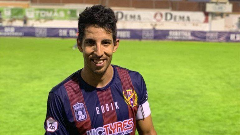 El gran capitán. Pasó por varios clubes importantes de España.