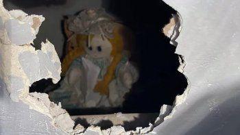 misterio: hallo una muneca asesina en su nueva casa