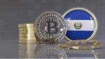 el caso de el salvador: ventajas y riesgos de que el bitcoin sea una moneda legal