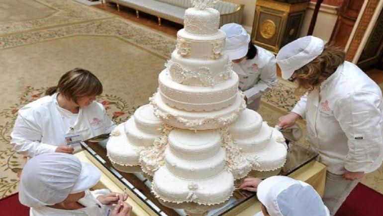 La torta que creó Damián Betular: 43 pisos y un costo en dólares.