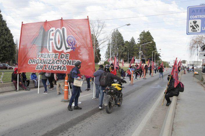 Ante convocatoria del Gobierno, las organizaciones sociales suspendieron los cortes