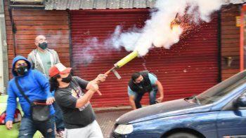 aparecio otro hombre mortero en una protesta en cordoba
