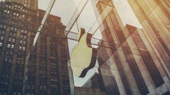 apple quiere volver a la presencialidad pero los empleados no