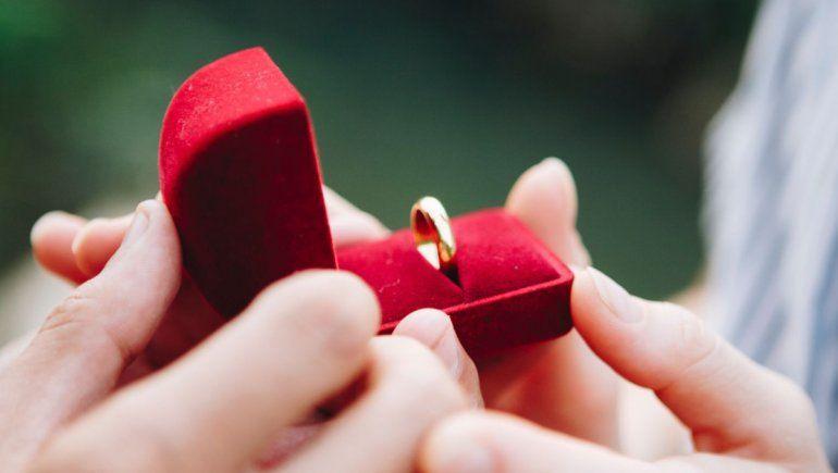 TikTok: así reaccionó una joven al descubrir que le propondrían matrimonio