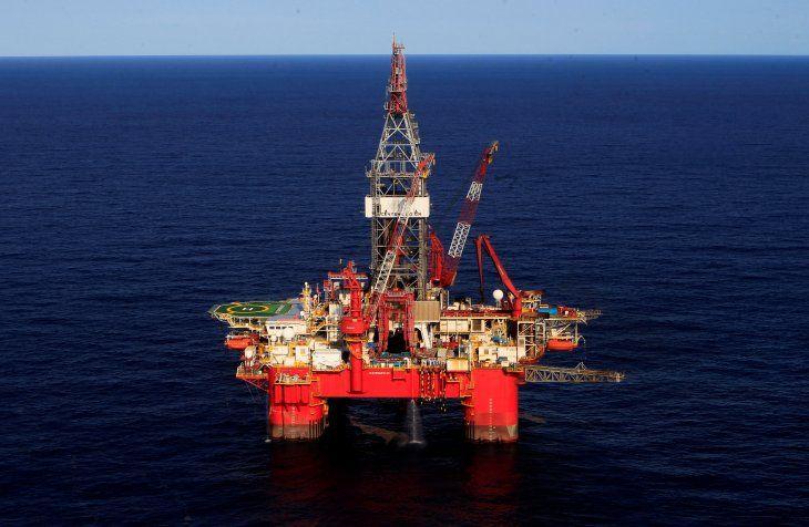FOTO DE ARCHIVO. Vista general de la plataforma petrolera de aguas profundas Centenario