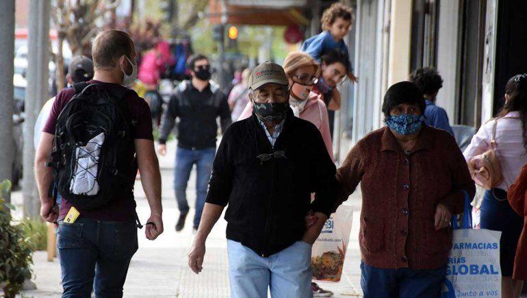 Neuquén confirmó 107 nuevas personas contagiadas de covid-19