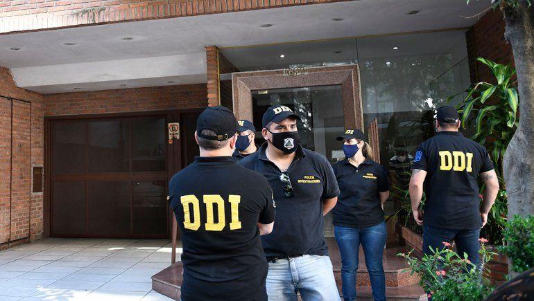 Allanaron las viviendas de la psiquiatra de Maradona