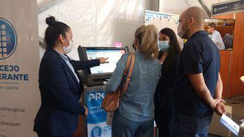 Fuerte interés en practicar el voto electrónico en la Feria