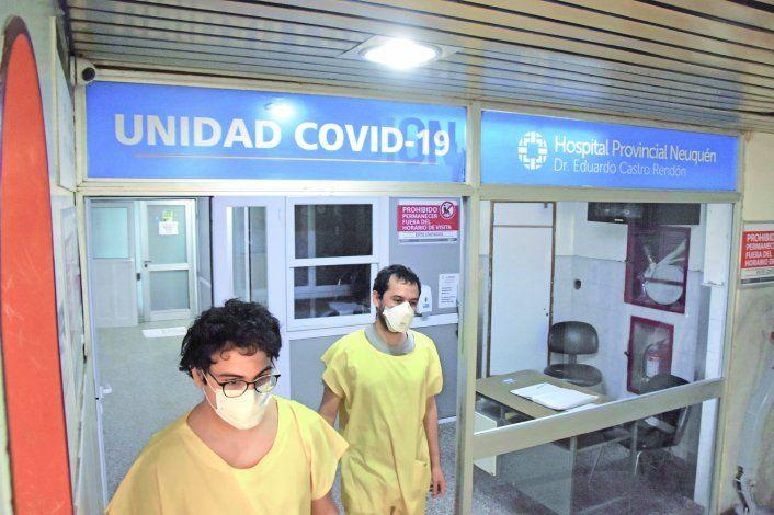 La ocupación de camas de terapia intensiva bajó al 84% en la provincia.