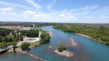 turismo de cercania: los balnearios neuquinos del rio limay