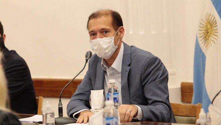 Marcha atrás en Neuquén: Gobierno analiza medidas para frenar el brote de contagios