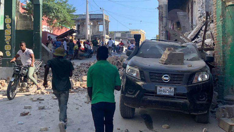Haití: sismo deja al menos 300 muertos y destrozos