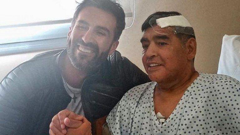 La última foto de Diego Maradona: el día que salió de la clínica
