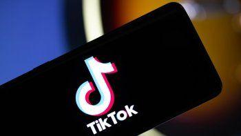 Abuela se vuelve viral en TikTok con videos de cocina
